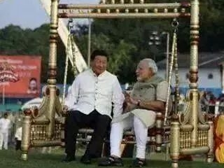 Mr Modi with Chinese President